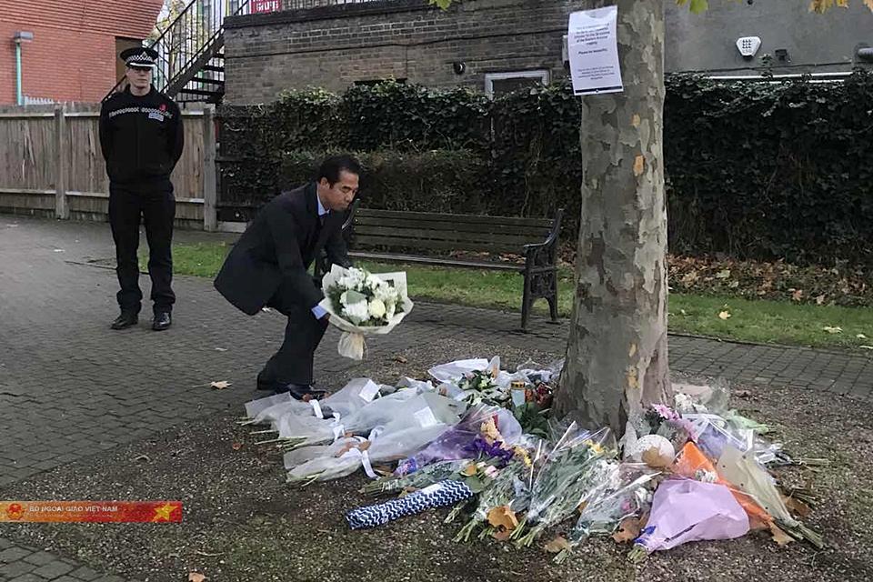Thủ tướng chia buồn với gia đình các nạn nhân thiệt mạng ở Anh