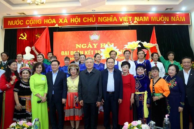 Ngày hội thắm tình đoàn kết tại địa bàn dân cư phường Quán Thánh, Ba Đình, Hà Nội