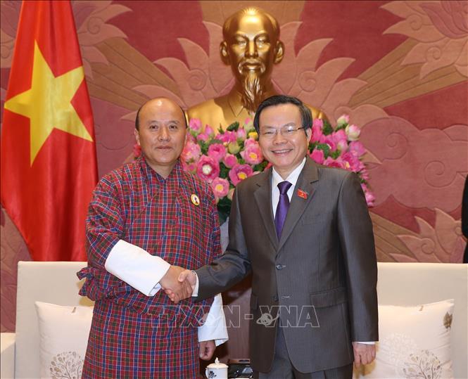 Tăng cường và phát triển mối quan hệ, hợp tác nhiều mặt với Quốc hội Bhutan
