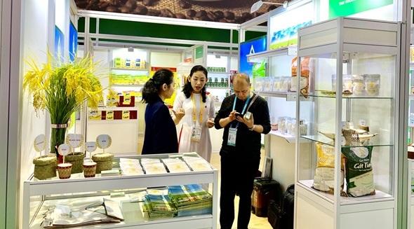 Việt Nam tham dự Hội chợ Nhập khẩu quốc tế Trung Quốc lần thứ 2