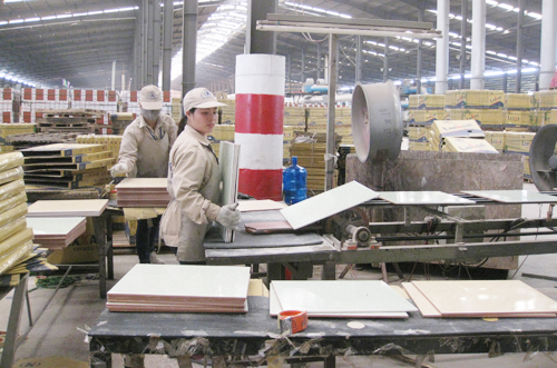 Quang Ninh has 820 more enterprises formed in eight months