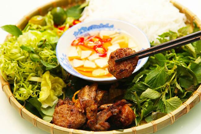 Cuisine - a strong advantage to develop Hanoi tourism
