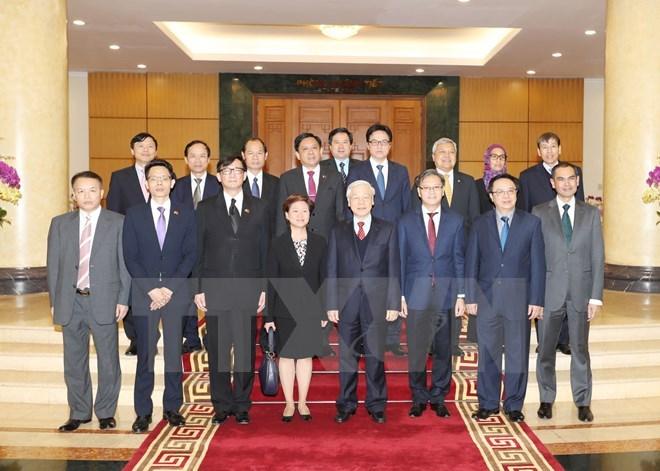 Party leader receives ASEAN members' diplomatic representatives