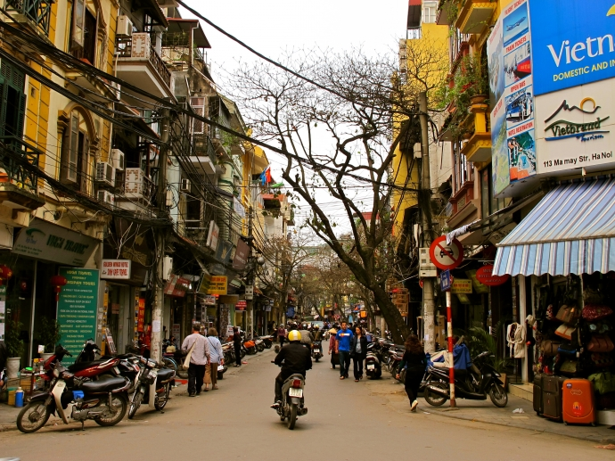 Hanoi Old Quarter: Solutions to preserve and develop