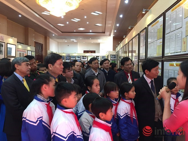 Lai Chau becomes 53rd destination of Hoang Sa, Truong Sa exhibition