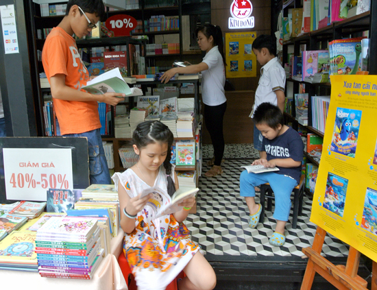 HCM city book street creates reading culture destination