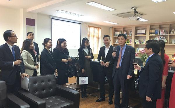 """Korea corner"" opens in Hanoi"