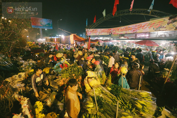 Quang Ba flower market among most attractive spots for Tet
