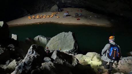 Quang Binh allow more explorers to Son Doong cave