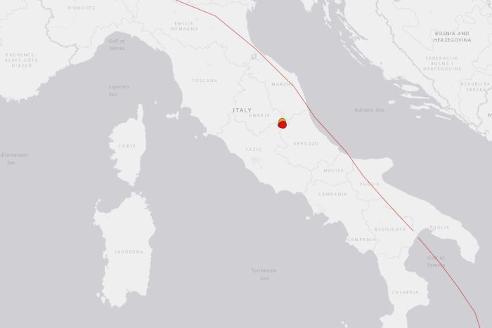 Powerful earthquakes shake central Italy