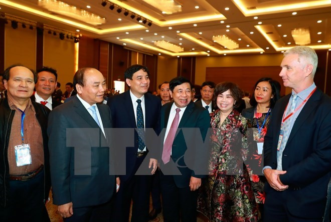 PM asks investors to devise long-term strategies in Nghe An