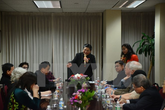 NA Vice Chairwoman meets overseas Vietnamese and US friends in New York