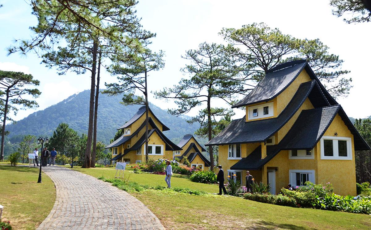 Da Lat has nearly 2,500 three to five-star hotels