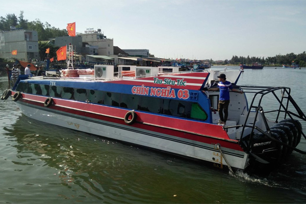 High-speed boat to Ly Son reduces to 25 minutes