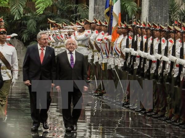 Irish President visits Cuba
