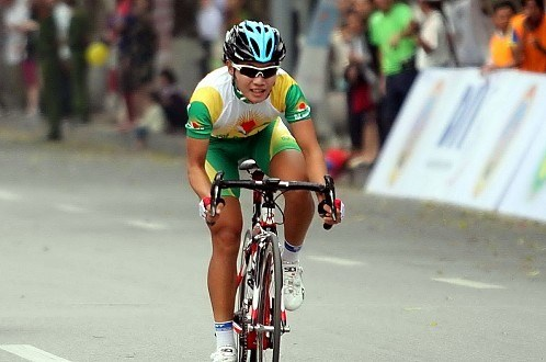 Vietnamese cyclists ready to participate in Asian event