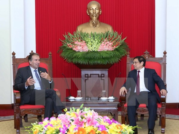 Party official wishes to foster ties with Argentina