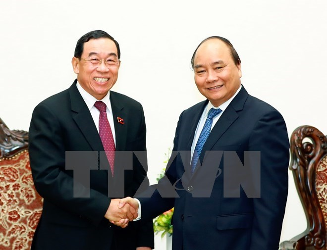PM promises support for Laos in developing transport