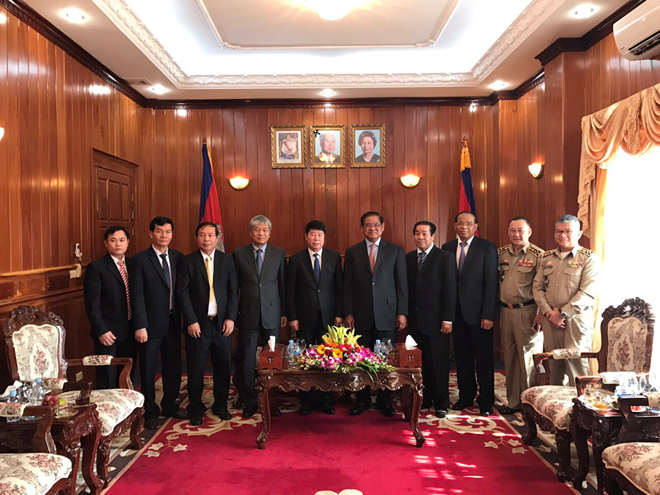 Vietnamese and Cambodian public security forces increase cooperation