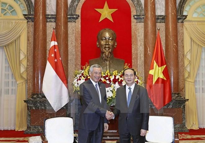 Vietnamese President welcomes Singaporean Prime Minister