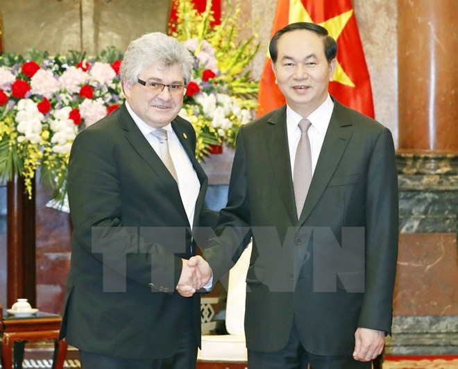 Vietnam wishes to bolster partnership with Switzerland: President