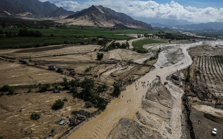 Floods and landslides affect thousands in Peru