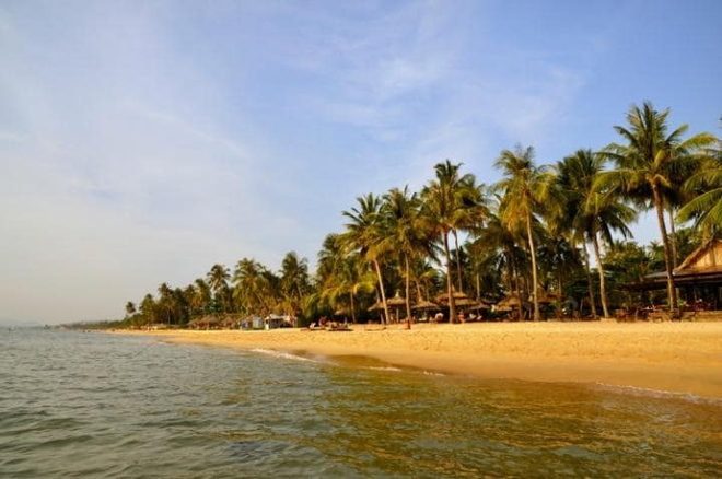 Two Vietnam beaches among Top 16 in Asia