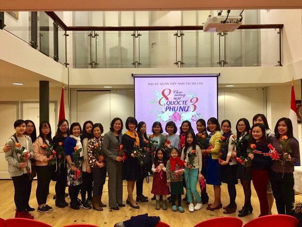 Meeting Vietnamese women in Netherlands on International Women