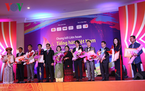 Vietnamese person in Thailand wins first prize in Vietnam – ASEAN Singing Festival