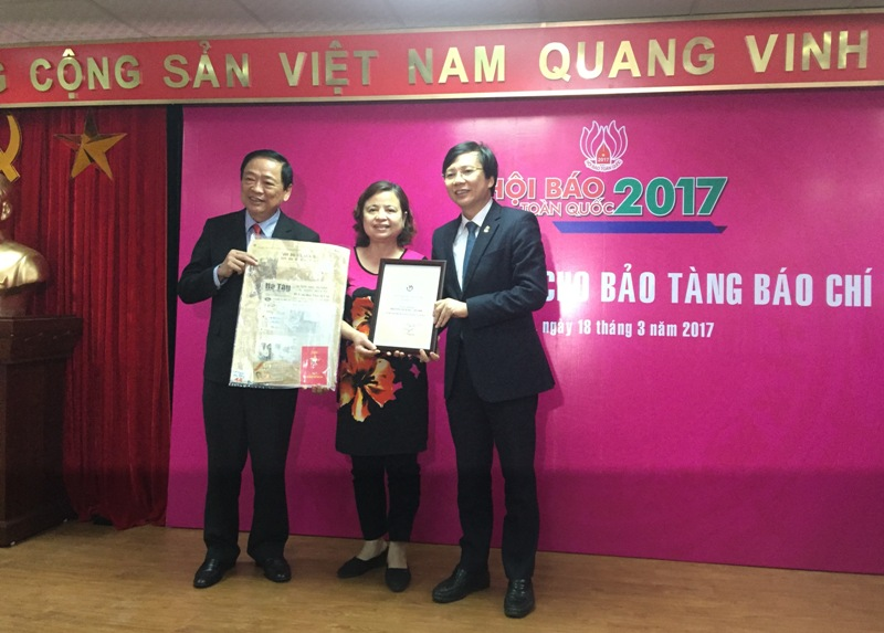 Nearly 13,000 documents and objects donated to Vietnam Press Museum