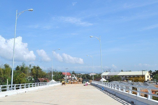 Quang Nam province launches key traffic projects