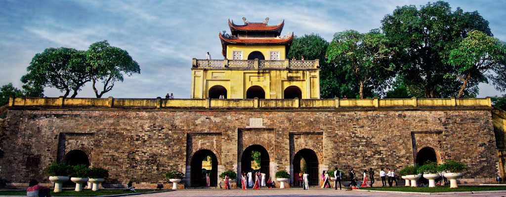 Stamp set on Thang Long Imperial Citadel to be issued
