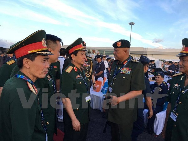 Vietnam attends LIMA 2017 in Malaysia