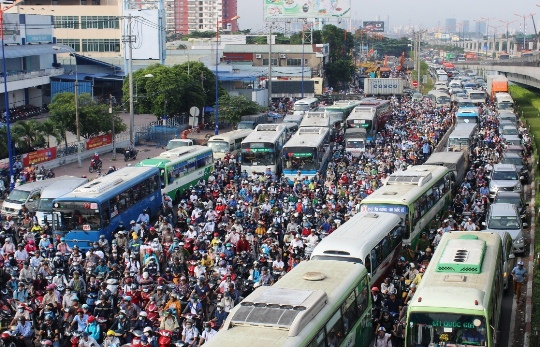 Ho Chi Minh city strives to reduce traffic accidents by 5% in 2017