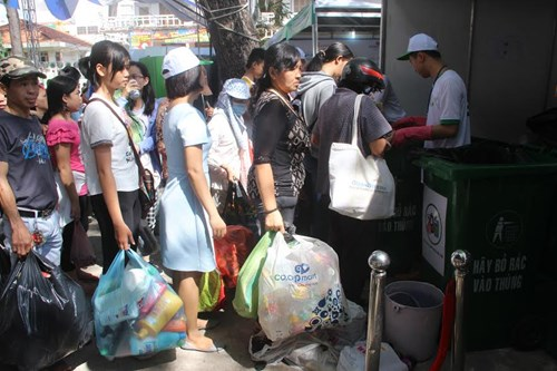 Ho Chi Minh city holds waste recycling festival