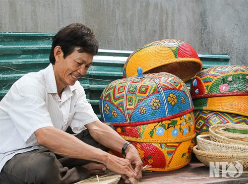 Skilful bamboo weaving in Ninh Thuan province