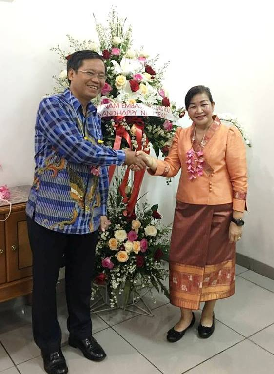 Vietnamese Embassy in Indonesia congratulates Laos on traditional New Year
