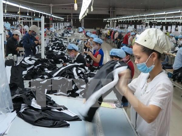 Over 477,800 enterprises operate in 2016