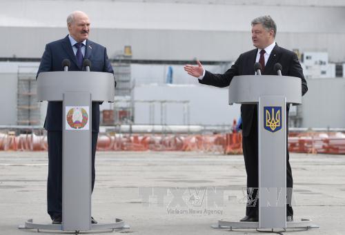 Ukraine and Belarus pledge to bolster friendly ties
