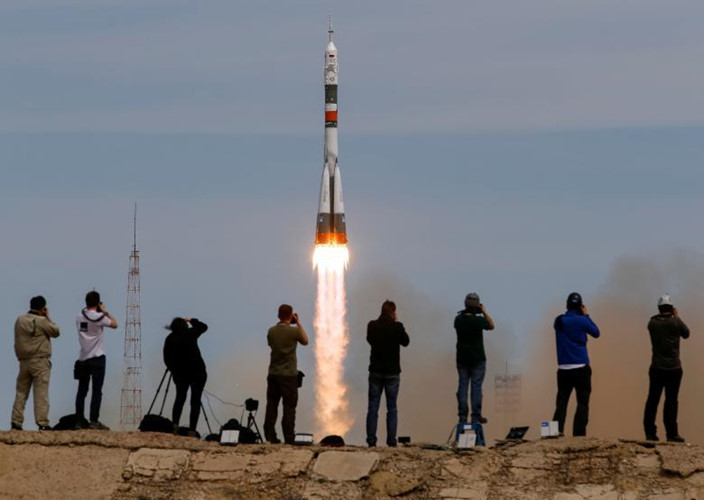 Soyuz MS-04 delivers two-member crew to ISS