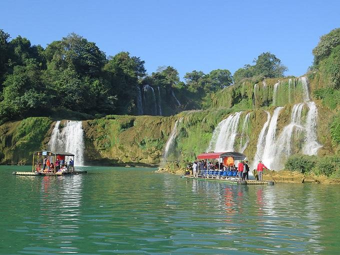 PM ratifies Ban Gioc Waterfall tourism area scheme