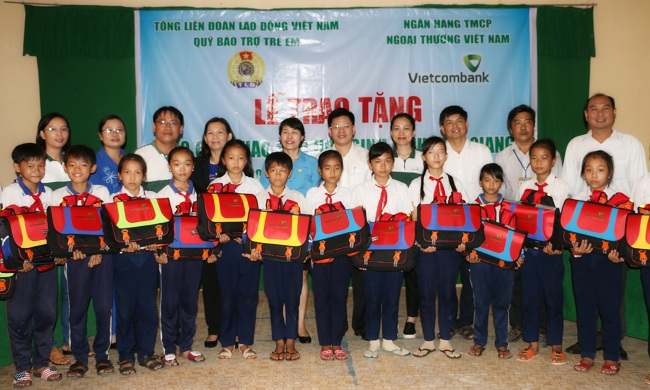 Life jackets provided for children in waterway regions