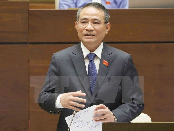 Legislators scrutinise several draft laws on May 30th