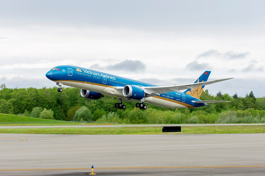 Vietnam Airlines to add 4,700 flights during summer holidays 2017