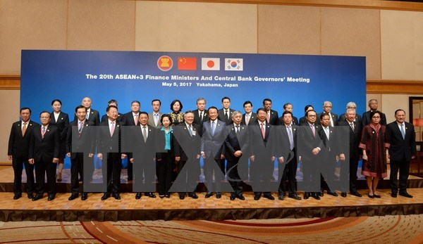 ASEAN+3 agrees to boost finance, trade cooperation