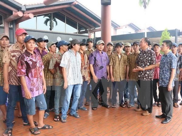 Indonesia releases Vietnamese fishermen