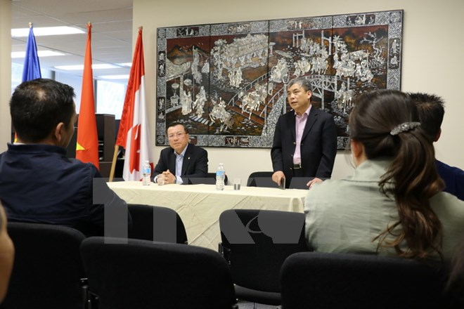 Vietnamese Embassy in Canada visits typical overseas Vietnamese businesses