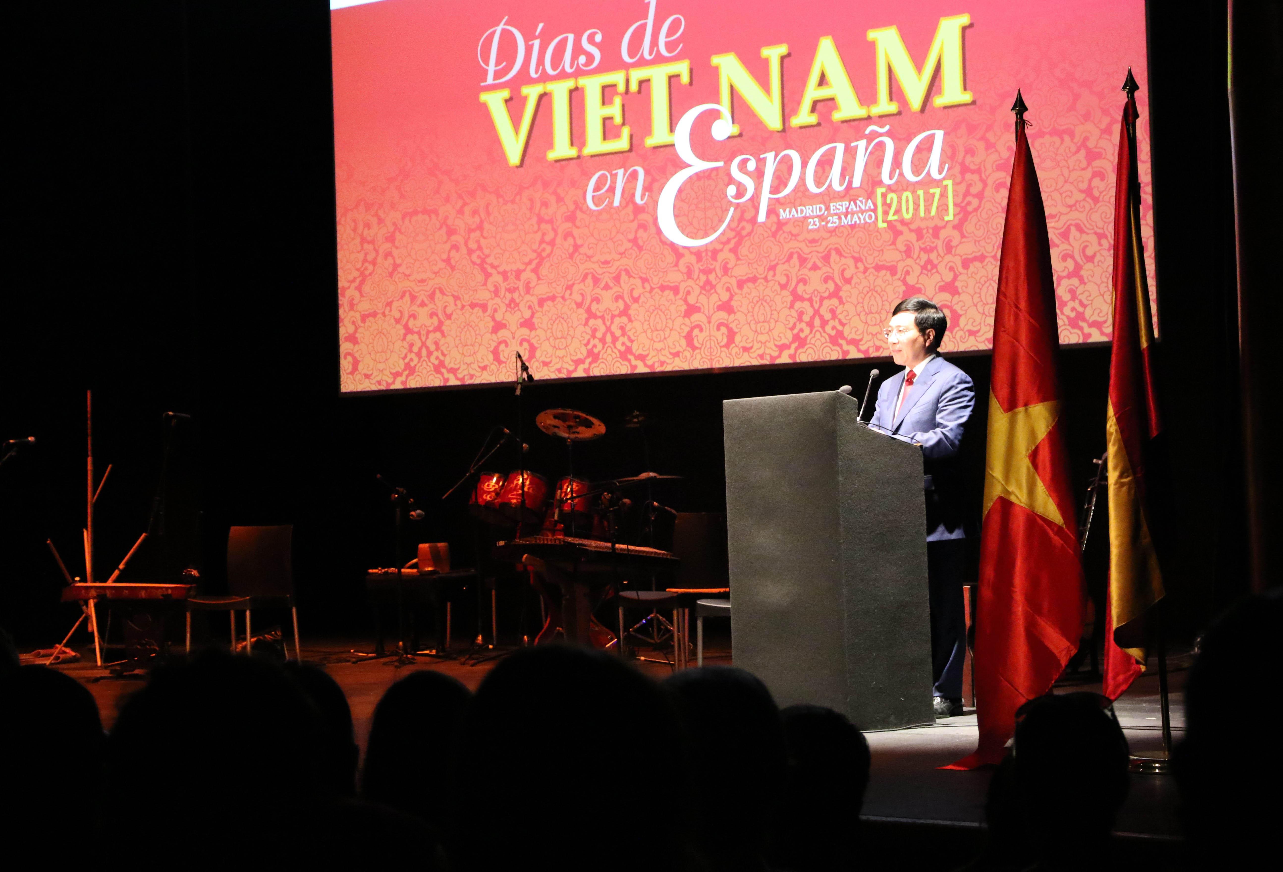 Vietnam Day in Spain 2017 opens