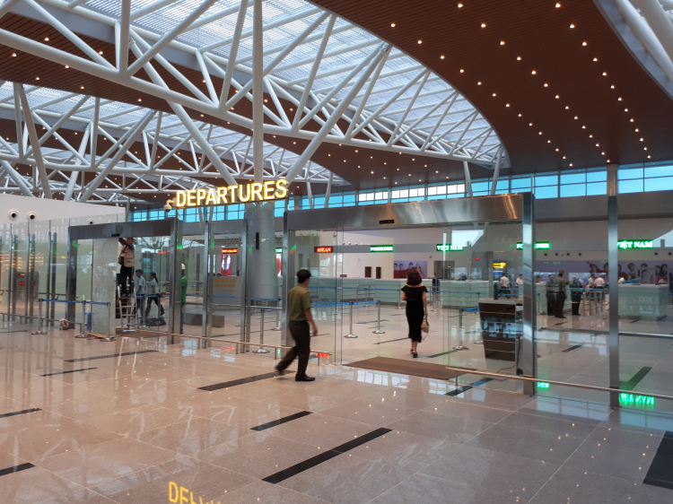Airlines officially exploit T2 terminal at Da Nang airport