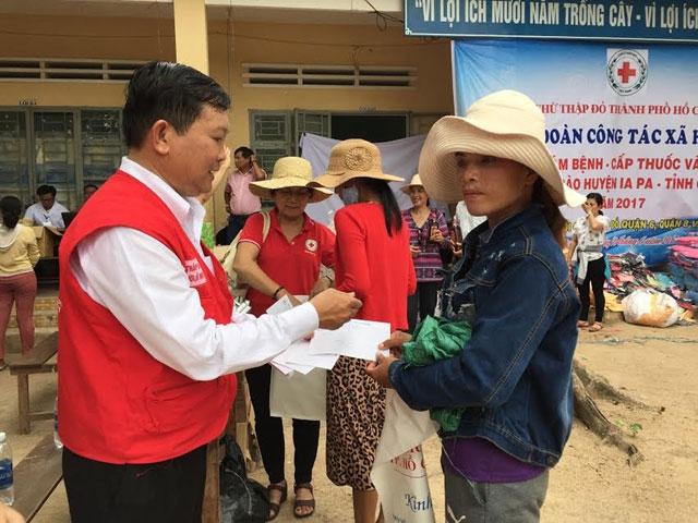 Healthcare provided for poor J'Rai ethnic minority people